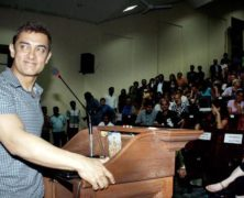 Aamir Khan at KEM Hospital